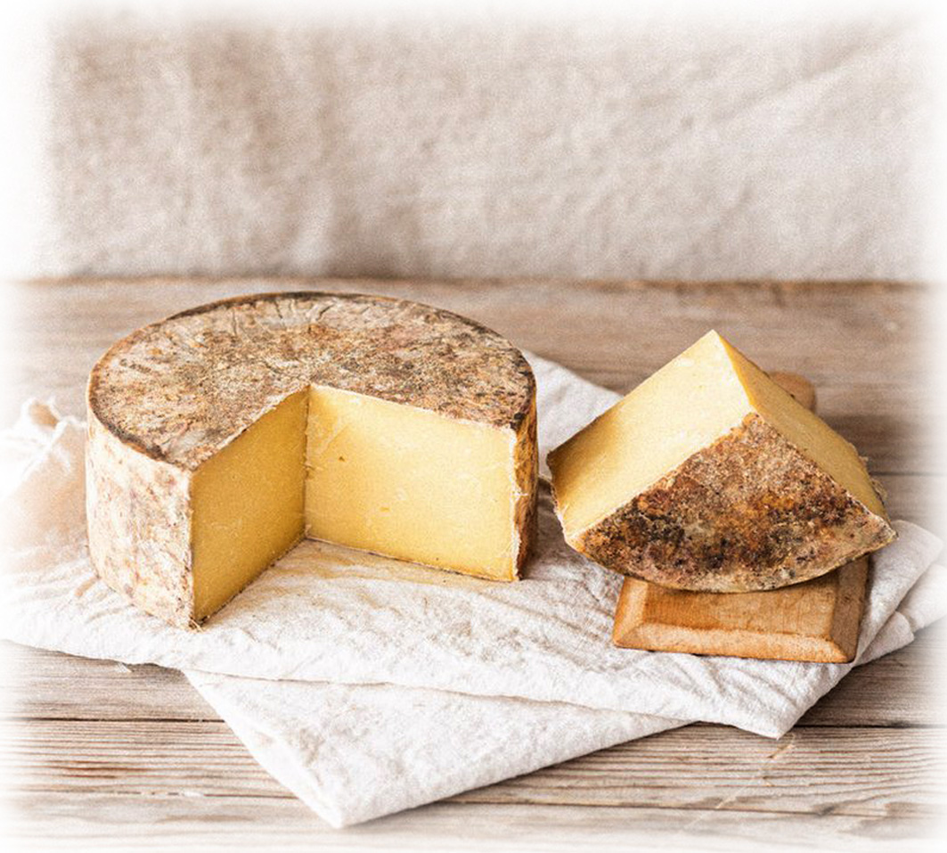 Quicke's Traditional Cheddar